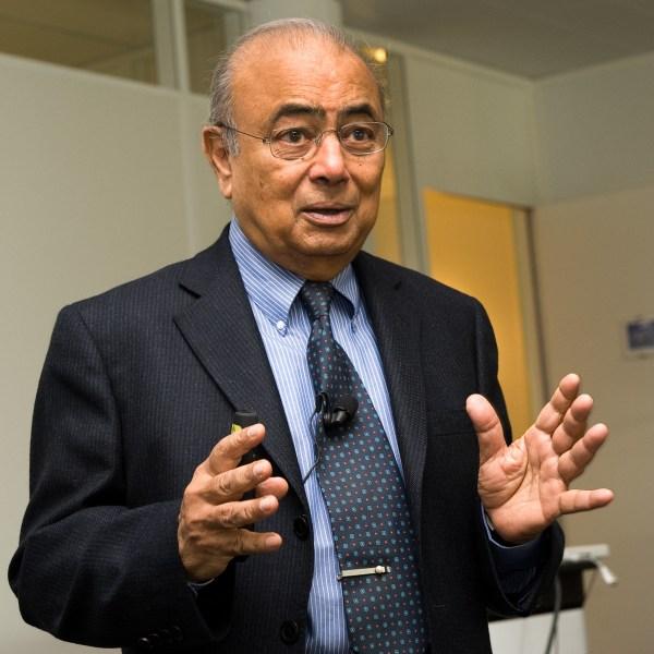 Dr. Jagdish Parikh - Harrijvan en Partners